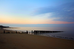 Coucher de soleil au coeur de la Normandie (natacha.mateus) Tags: coucherdesoleil colors couleurs nature natural naturelovers beach plage landscape paysage poselongue poselente longexposition ocean mer sea seascape sky sunsetvision sunset