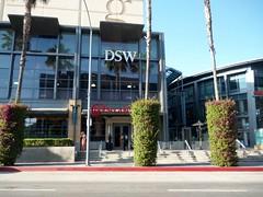 Sherman Oaks Galleria (Clotee Pridgen Allochuku) Tags: california ca cheesecake southerncalifornia galleria sanfernandovalley cheesecakefactory shermanoaksgalleria dsw cloteeallochuku