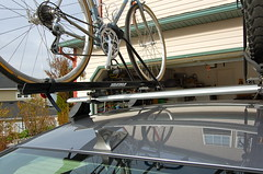 rhino rack / yakima raptor / mighty mounts / elantra (Doug Goodenough) Tags: mightymount mighty mounts yakima raptor bicycle carrier hyundai elantra rack douggoodenough doug goodenough 2012 12 april drg53112rackfull drg531