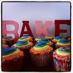 Rainbow cupcakes, Pittsburgh, PA, www.birthdaycakes4free.com