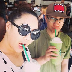 Last day with @superpingseiko #เลี้ยงส่ง#เลี้ยงส่งทุกวัน#ข้ออ้าง#อยากกิน#ฮ่าๆๆๆ #irin #pinkky#starbucks#greentea  #lastday#flushing#nyc #us