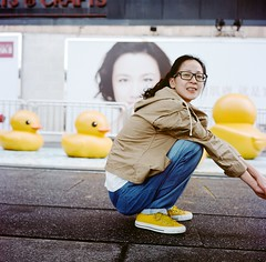 to join force (Gregory Wu) Tags: film ic kodak w ikoflex hong kong rubberduck f35 75mm tessar