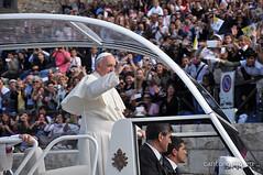 Visita di Papa Francesco a Cagliari in Sardegna (Cano Nova) Tags: sardegna papa cagliari visita 2013 fracesco canonova cancaonova cagliarisardegna cantonuovo papafrancesco papafrancisco
