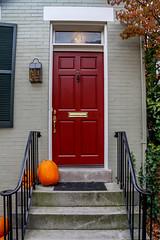 Red (2) (Bernai Velarde-Light Seeker) Tags: door red lamp rojo puerta steps farol calabaza velarde bernai pumplkin bernaivelarde