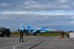 Пілоти двох бригад повітряного командування «Центр» вдосконалюють професійну майстерність вдень і вночі в складних метеоумовах (Ministry of Defense of Ukraine) Tags: ато авіація польоти армія су27 миг29 зсу всу авиация