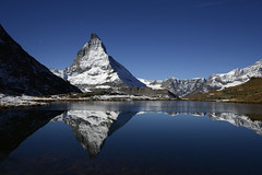 Matterhorn (Switzerland) (JohannesMayr) Tags: matterhorn zermatt wallis schweiz switzerland berg see mountain lake ice eis schnee snow rock fels spiegelung reflections