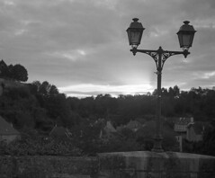Before sunset (Blitzwuerfel (flash cube)) Tags: burgundy werracamera tessar2850 efke50 rodinal
