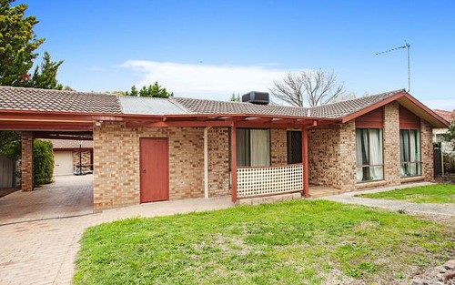 69 Clive Steele Avenue, Monash ACT 2904