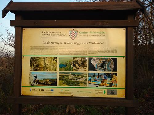 Ścieżka przyrodnicza w dolinie rzeki Wierzbiak - punkt geoturystyczny