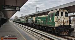 Herbicida en Zamora (Luis Corts Zacaras) Tags: zamora adif herbicida tren estacin ferrocarril