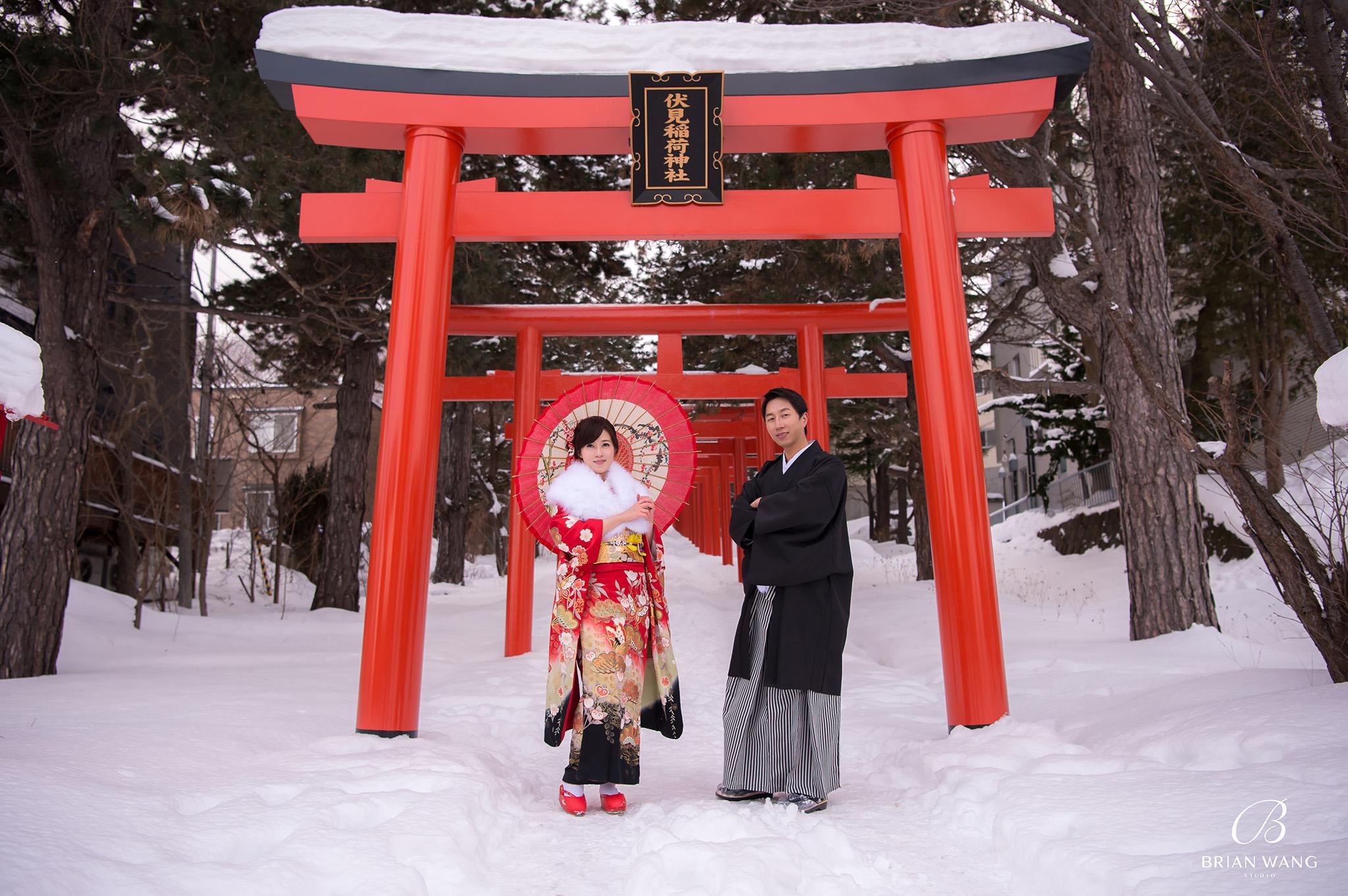 '北海道自助婚紗,北海道婚紗攝影,北海道雪景婚紗,海外婚紗價格,雪景婚紗,拍和服,北海道海外婚紗費用,伏見稻荷,札幌,2048BWS_6740'