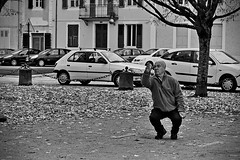 Citius, Altius, Fortius (Jacques Borruel) Tags: blackandwhite street rue people outdoor pétanque petanque jeux game