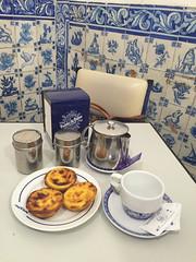 Pasteis de Belem (francesbean) Tags: lisboa lisbon europe travel 2016 travel2016 pasteisdebelem pastel de nata azulejo belem food foodporn iatethis iphone iphonephoto iphone6