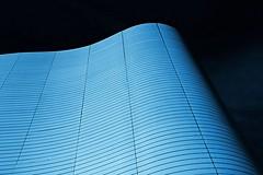 freak wave (Fotoristin - blick.kontakt) Tags: architecture innsbruck olympiaworld landessportcenter tirol front abstract lines curves building blue