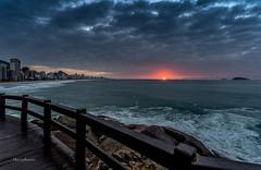 Sunrise no Mirante do Leblon - Rio de Janeiro (mariohowat) Tags: mirantesdoriodejaneiro mirantedoleblon natureza nascerdosol alvorada amanhecer sunrise riodejaneiro brasil brazil