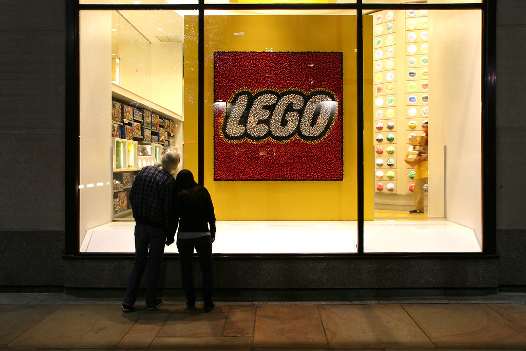 The World's most recently posted photos of legoland and store ...