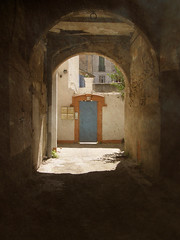 Fallen Arches (Annie in Beziers) Tags: sunlight france arch shadows stonework medieval archway dilapidated streetscenes béziers needstlc annieinbéziers ruedetourventouse notanotherbloodyarch