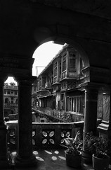 Old Delhi Manse B&W (William J H Leonard) Tags: street city urban blackandwhite india streets building architecture buildings asian asia cityscape arch delhi indian citylife streetshots streetphotography courtyard frame archway citycentre hdr highdynamicrange newdelhi manse southasia southasian olddelhi mughal shahjahanabad asianarchitecture