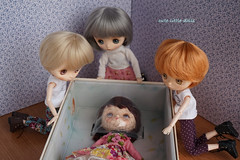Wow! She smells so good!! :) (cute-little-dolls) Tags: friends cute love toy doll messagepersonnel jerryberry