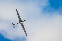 (Tim van Rugge) Tags: sky netherlands clouds plane canon airplane fly flying europe aviation aeroplane glider sl1 generalaviation terlet 100d