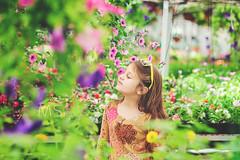 heaven (Mariya Stiryanova /mini_79/) Tags: portrait flower girl little tender smells beautifull