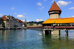 Kapellbrücke in Lucerne (annalisabianchetti) Tags: lucerna lucerne switzerland svizzera cityscapes city urban bridge ponte water clouds europa kapellbrücke