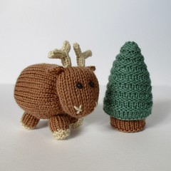 Rene the Reindeer (Knitting patterns by Amanda Berry) Tags: reindeer reindeers rudolph tree christmas pine xmas toys toy decorations ornament ornaments knitting knitted knit knits pattern ravelry download pdf knitters knitter amanda berry fluff fuzz deer