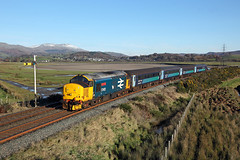 37402 Lady Hall 24th November 2016 (John Eyres) Tags: 37402 passing foxfield up distant working 2c49 1138 barrowinfurness carlisle 241116 drs