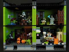 01-Modular Monster House MOC Halloween Edition front view_allin (fuggoo) Tags: zombie zombies legozombie lego moc modular monster monsters house halloween pumpkin marilyn monroe elvis presley joker ghost ghosts ghostbusters