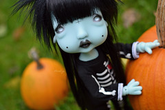 Happy Halloween (Mientsje) Tags: circus kane nefer humpty dumpty green blue doll toy bjd ball jointed abjd artist cute egg gothic dark yosd sweet dolls