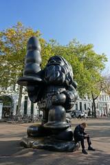"Paul McCarthy ""Santa Claus"" (aka Buttplug Gnome) @ Rotterdam (*_*) Tags: rotterdam netherlands nederland europe city october autumn fall 2016 fog paulmccarthy santaclaus buttplug gnome sculpture art statue cool district sunny"