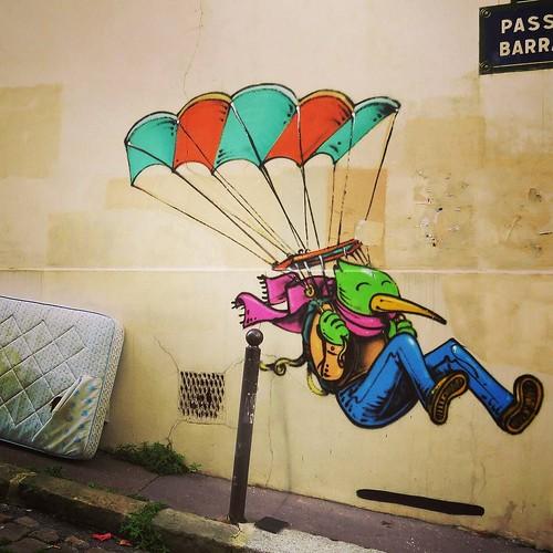 #happy #landing #Jober - #paris #streetart #graffiti #urbanart #graffitiart #urbanart_daily #graffitiart_daily #streetarteverywhere #streetart_daily #wallart #mural #streetphotography #ilovestreetart #streetartparis #msaparis #paris13