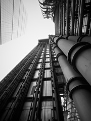 Up (Future-Echoes) Tags: 4star 2014 bw blackandwhite building lines lloydsoflondon london sky up