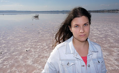Retrato en las Salinas (lagunadani) Tags: retrato portrait chica girl salinas torrevieja sonya7