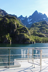 In the Trollfjord, Norway (3) (Phil Masters) Tags: 21stjuly july2016 norwayholiday norway raftsund raftsundet thetrollfjord trollfjorden trollfjord shipsandboats msspitsbergen hurtigruten