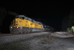 NS 321 making its way south in the pitch black Florida woods with one of the few 90MAC's still in EX UP paint leading the way (MrRailfan) Tags: ns 321 ex up norfolk southern union pacific 90mac freight night shot rr railroad train
