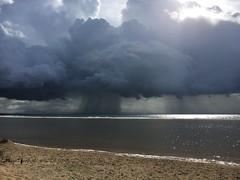 Tormenta en el Estrecho / Storm at the Strait of Gibraltar (Jos Rambaud) Tags: storm nube cloud estrechodegibraltar straitofgibraltar tarifa andalucia seascape landscape paisaje lluvia rain tormenta otoo autumn
