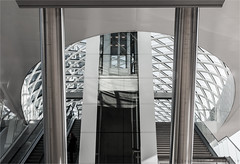 Metrostation Den Haag Centraal (henny vogelaar) Tags: netherlands denhaag station metro glass steel architecture zjazwartsenjansmaarchitecten
