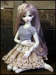 Tea and blueberry (CajsaN) Tags: doll chloe wig pearl bjd fairyland abjd msd mnf leeke minifee