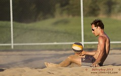 Deception? (Danny VB) Tags: park summer canada beach sports sport ball sand shot quebec boulogne action plateau montreal ballon sable competition playa player beachvolleyball tournament wilson volleyball athletes players milton vole athlete circuit plage parc volley 514 bois volleybal ete boisdeboulogne excellence volei mikasa voley pallavolo joueur voleyball sportif voleibol sportive celtique joueuse bdb tournois voleiboll volleybol volleyboll voleybol lentopallo siatkowka vollei cqe volleyballdeplage canon7d voleyboll palavolo dannyvb montreal514 cqj volleibol volleiboll plageceltique