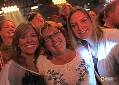 Concert Guus Meeuwis - Ladies Night Out (Omroep Brabant) Tags: holland concert nederland thenetherlands muziek oisterwijk brabant guusmeeuwis optreden omroepbrabant leerfabriek wwwomroepbrabantnl concertguusmeeuwis