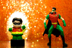 Robin Extreme (JD Hancock) Tags: orange robin comics fun toy actionfigure funny action bokeh explore cc hero figure superhero dccomics inkitchen cmwd cmwdorange jdhancock
