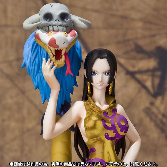 Figuarts ZERO ONE PIECE 波雅·漢考克&薩洛梅 金色服裝版本