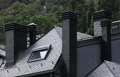 2009 360 Andorra (visol) Tags: chinney chimneys xemeneies tejado teulada roofs andorra