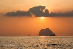 Keelung, Taiwan _IMG_0885 (Len) Tags: sea sky cloud seascape clouds sunrise landscape waves  taiwan     seacoast daybreak gettyimages  keelung northcoast         50d        wavespray ef100mmf28lmacroisusm