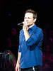 Drew Lachey (amyshaped) Tags: dallas drew 98 americanairlinescenter degrees lachey canonsx50 thepackagetour