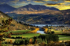 It's easier to go down a hill than up it but the view is much better at the top. (PhotoArt Images) Tags: mountains queenstown nzsouthisland autumninnz flickrsfinestimages1 photoartimages