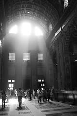 Rome - St. Peter's Basilica (_Wilhelmine) Tags: italien bw rome nikon sw rom reisefreiheit reisenbildet hiersitzmormorschnfrhmithrnschnunesbresso