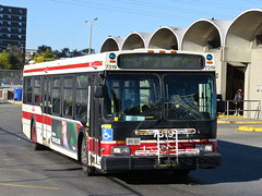 Toronto Transit Commission 7319 (YT | transport photography) Tags: new toronto bus flyer ttc transit commission d40lf
