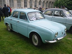 Renault Dauphine bleue (gueguette80 ... non voyant pour une dure indte) Tags: old castle cars car renault mai exposition autos chateau dauphine voitures anciennes pasdecalais 2015 frevent franaises cercamp